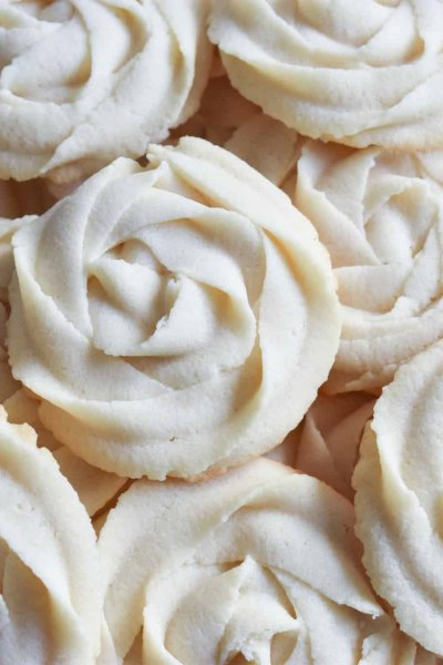 a plate of whipped rosette butter cookies