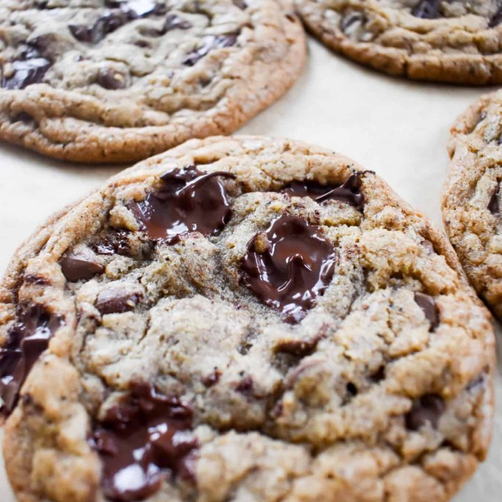 Brown-Butter-Chocolate-Chip-chunk-Cookies-with-Dark-Brown-Sugar